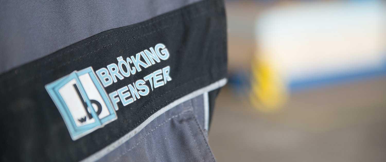 broecking-fenster-holzfenster-hersteller-in-vreden-nrw-logo-jacke-mitarbeiter