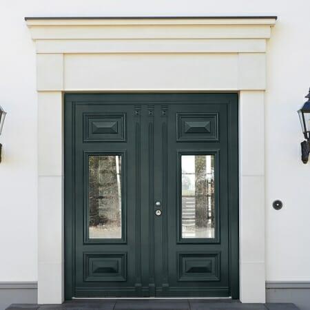 Klassische Haustür Doppelflügel